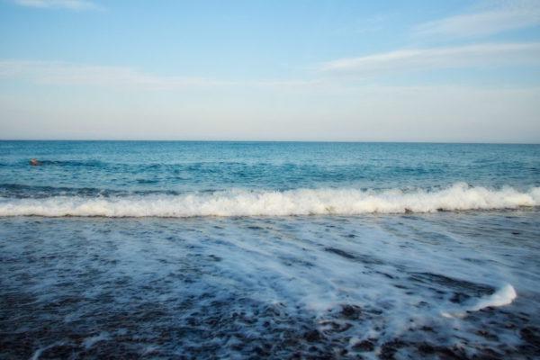 Wellen und Meer in der Toscana ©AW-Anja-Bronner